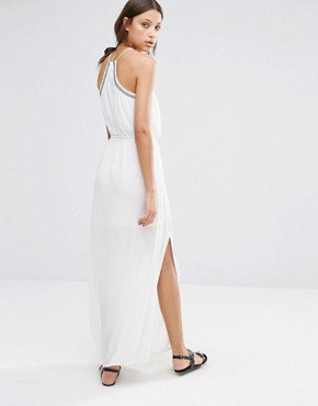 photo Embroidered Halter Neck Maxi Dress by Vero Moda Tall, color White - Image 2