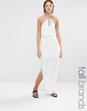 photo Embroidered Halter Neck Maxi Dress by Vero Moda Tall, color White - Image 1