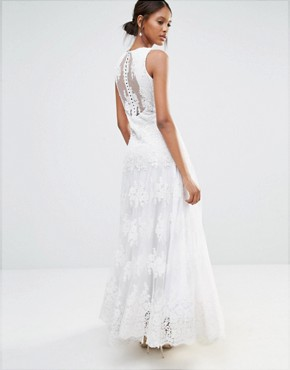 photo Embellished Lace Maxi Dress by A Star Is Born, color White - Image 2