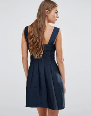 photo Prom Dress With Bow Detail by See U Soon, color Navy - Image 2