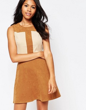 photo Suede Colour Shift Dress by Love, color Brown - Image 1