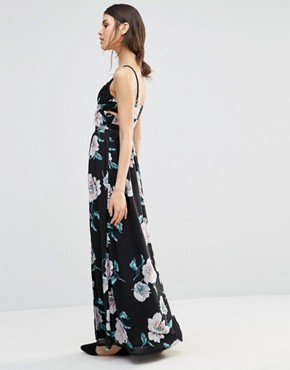 photo Floral Cross Front Maxi Dress by Missguided Tall, color  - Image 2