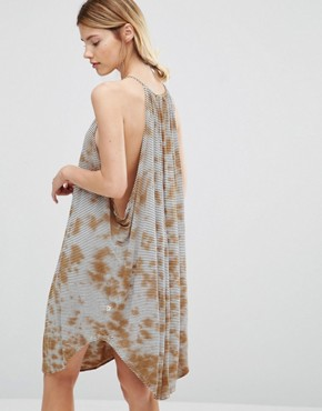 photo Halter Neck Swing Dress by NYTT, color Rusty Tie Dye - Image 2