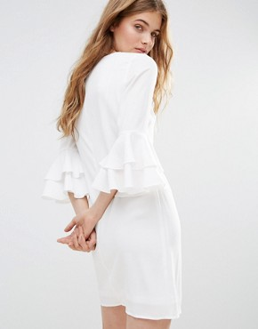 photo Mia Molls Dress With Frill Sleeves by Traffic People, color White - Image 2