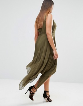 photo Pleated Sleeveless Midi Dress with Asymetric Hem by Lovedrobe, color Green - Image 2