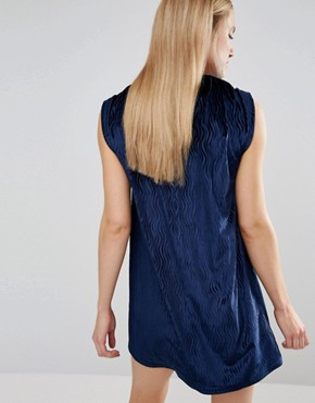 photo Velvet Tuck Dress by House of Holland, color Navy - Image 2