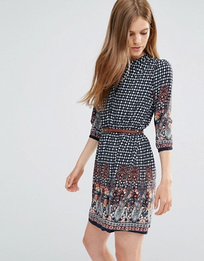photo Belted Dress With 3/4 Sleeves In Border Print by Yumi, color Navy - Image 1