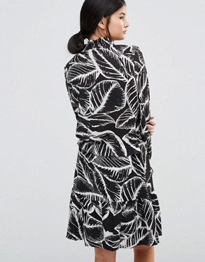 photo Era Printed Dress by Gestuz, color Black/White - Image 2
