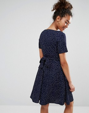 photo Dress with Tie Back In Polka Dot Print by Yumi Petite, color Navy - Image 2
