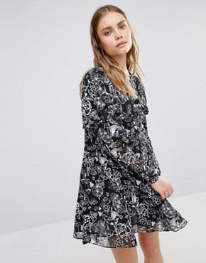 photo Smock Dress with Frill Detail by Lost Ink, color Black - Image 1
