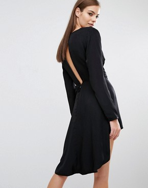 photo Maia Long Sleeve Dress with Hoop Detail by Stylestalker, color Black - Image 2
