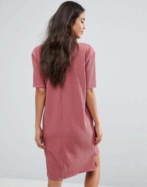 photo Oversized Textured Tshirt Dress by Missguided Maternity, color Mauve - Image 2