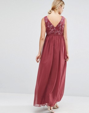 photo Embroidered Bodice Maxi Dress by Chi Chi London Maternity, color Pink - Image 2
