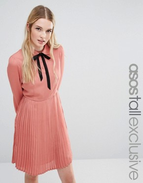photo Diana Pleated Skater Dress with Bow Tie by Fashion Union Tall, color Pink - Image 1