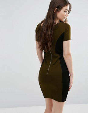 photo Manhattan Colourblock Dress in Turtle by French Connection, color Turtle/Black - Image 2
