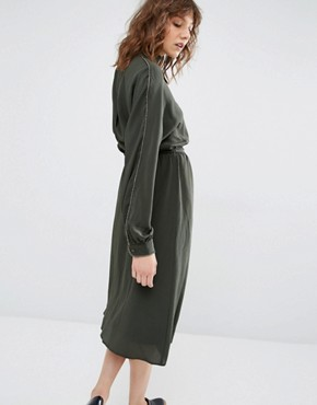 photo Kate Green Midi Dress by Gestuz, color Green - Image 2