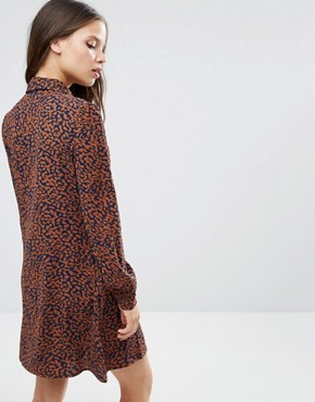 photo Diana Scarf Neck Dress In Leopard Print by Fashion Union Petite, color  - Image 2