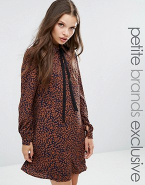 photo Diana Scarf Neck Dress In Leopard Print by Fashion Union Petite, color  - Image 1