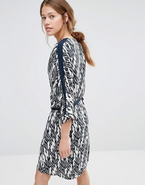 photo Ikat Shift Dress by Just Female, color Ikat Aop - Image 2