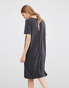 photo Pen T-Shirt Dress by Just Female, color Anthracite - Image 2