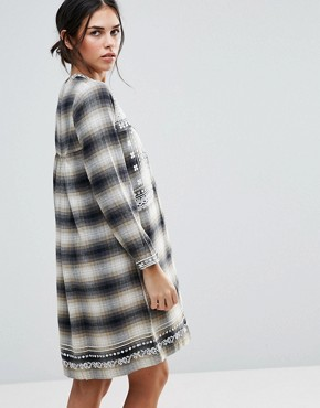 photo Shia Checked Dress with Embroidered Yoke by d.RA, color  - Image 2