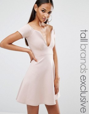 photo Plunge Midi Skater Dress by Missguided Tall, color Mauve - Image 1