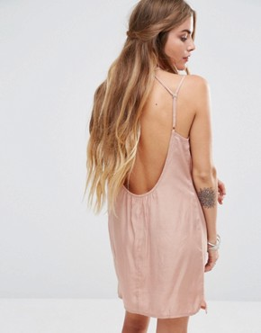 photo Cami Slip Dress with Rose Choker Detail by Kiss The Sky, color Nude - Image 2