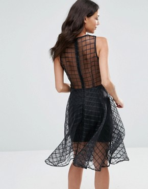 photo Alice Grid Mesh Flare Dress by Girl In Mind, color Black - Image 2