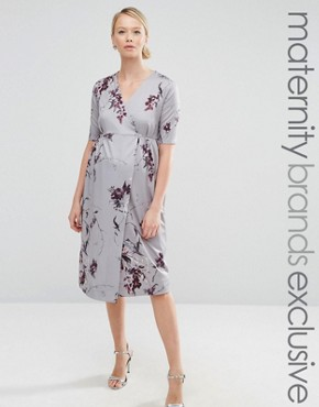 photo Wrap Printed Midi Dress With Bow Front by Hope & Ivy Maternity, color Grey - Image 1