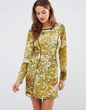 photo Abstract Print Dress by Lavand, color Green - Image 1