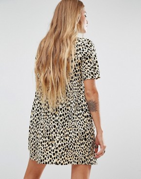 photo Metis Tie Neck Shirt Dress In Leopard Print by Motel, color  - Image 2