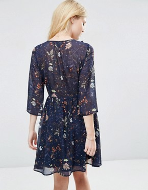 photo Floral Ruffle Front Dress by Vero Moda Petite, color Dark Blue Floral - Image 2