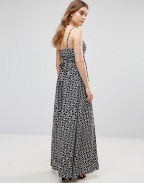 photo Cami Maxi In Multi Geo Print by Traffic People, color Black/White - Image 2