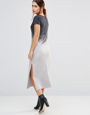 photo Canyon Ombre T-Shirt Maxi Dress by Uncivilised, color Charcoal Ombre - Image 2