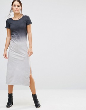 photo Canyon Ombre T-Shirt Maxi Dress by Uncivilised, color Charcoal Ombre - Image 1