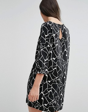 photo Shift Dress In Abstract Print by Vero Moda Petite, color Black/White - Image 2