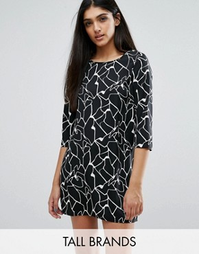 photo Shift Dress In Abstract Print by Vero Moda Tall, color Black - Image 1