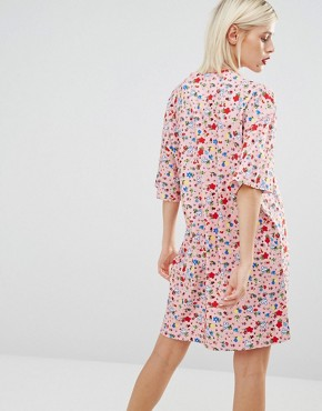 photo Typical Girl Floral T-shirt Dress by Love Moschino, color Pink - Image 2