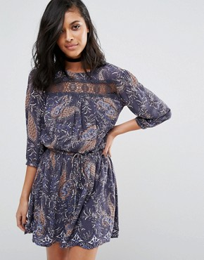 photo Karin Drop Waist Lace Panel Dress by Vero Moda, color Ombre Blue Aop - Image 1