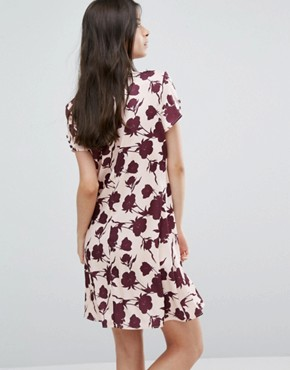 photo Button Front Short Sleeve Dress In Floral Print by Alter Petite, color  - Image 2