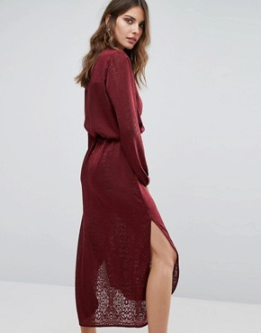 photo Maxi Dress in Burn Out Animal with Tie Waist by Sisley, color Red - Image 2