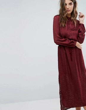 photo Maxi Dress in Burn Out Animal with Tie Waist by Sisley, color Red - Image 1