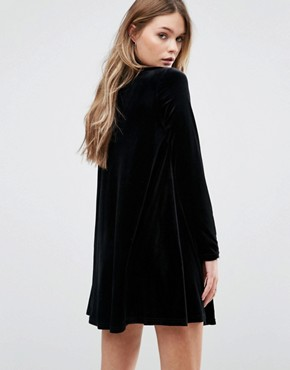 photo Swing Dress With Choker Detail by Glamorous, color Black - Image 2