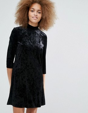 photo Keyhole Neck Velvet Skater Dress by Monki, color Black - Image 2