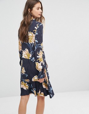 photo Floral Print Dress by Gestuz, color Navy - Image 2