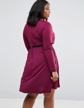 photo Dress with Pleated Skirt and Belt by Praslin Plus, color Wine - Image 2