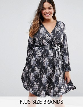 photo Dress with Pleated Skirt and Belt In Floral Print by Praslin Plus, color Black Floral - Image 1