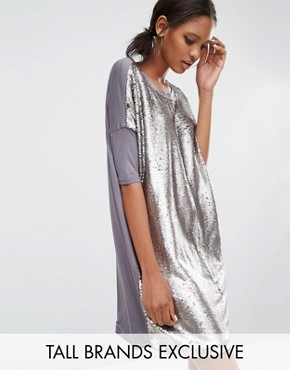 photo Oversized Tshirt Dress In Allover Sequin by Daisy Street Tall, color Silver - Image 1