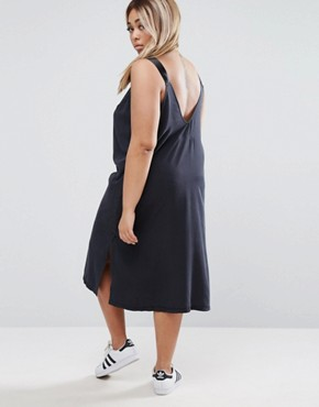 photo Denim Slip Dress in Washed Black With D- Rings by ASOS CURVE, color Washed Black - Image 2