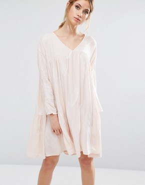 photo Isla Smock Dress by Little White Lies, color Pink - Image 1